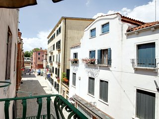 Executive apartment with one bedrooms and terrace - Venice vacation rentals