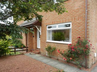 Comfortable attractive holiday house in troon - Troon vacation rentals