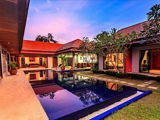 Stunning 5 bedroom villa & private pool in Nai Harn - Rawai vacation rentals