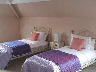 1 bedroom Bed and Breakfast with Linens Provided in Piddletrenthide - Piddletrenthide vacation rentals