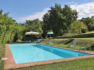 Lovely Villa with Dishwasher and Kettle - Monte San Quirico vacation rentals