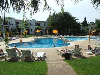 2 bedroom Condo with A/C in Ferreiras - Ferreiras vacation rentals