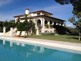 Bright Villa with Dishwasher and Garden - Castiglione Della Pescaia vacation rentals