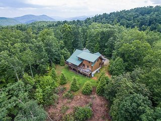Beautiful Log Home, 2 bedroom 2 bath - Old Fort vacation rentals
