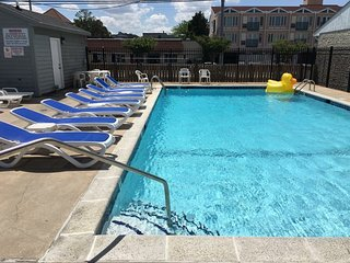 4 BR Oceanblock with Pool & Multiple Decks w/ View - Dewey Beach vacation rentals