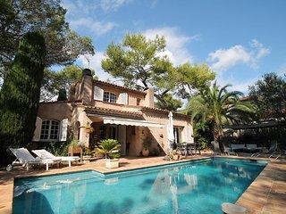 Beautiful 4 bedroom La Bocca Villa with Internet Access - La Bocca vacation rentals
