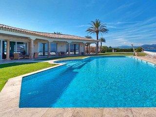 Palatial Luxury Beachfront Estate in Saint Tropez - Gassin vacation rentals