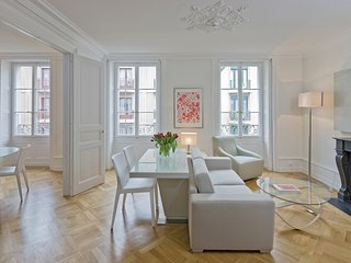 Geneva Luxury Two Bedroom Apartment - Geneva vacation rentals