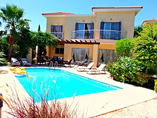 Latchi Beach Prime location 3 Bed Villa Pool WiFi - Latchi vacation rentals