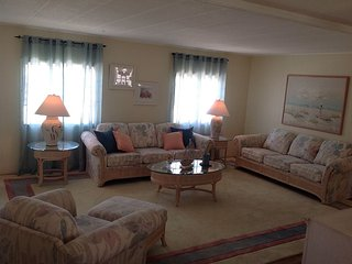 Coastal Decor Vacation Rental - Fully Furnished - Tarpon Springs vacation rentals