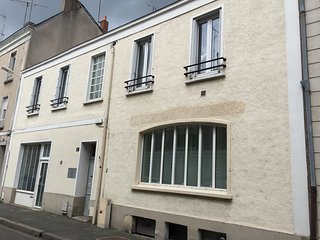 Appartement SuitLoft 160 m² 8/10 couchages - Angers vacation rentals