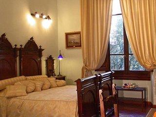 B&B Soggiorno Panerai - Camera Tripla - Florence vacation rentals