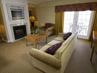 Fantastic 4 BDR at Greensprings Vacation Resort - Williamsburg vacation rentals