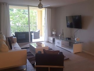 Spectacular 2 Bedrooms Apartment with Water Views - Aventura vacation rentals