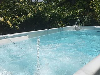 DEALS :  Casa Marina 4/4.5  5 Minutes to the Beach for 12 - Dania Beach vacation rentals