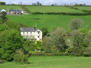 Bright 4 bedroom House in Thurlestone with Internet Access - Thurlestone vacation rentals