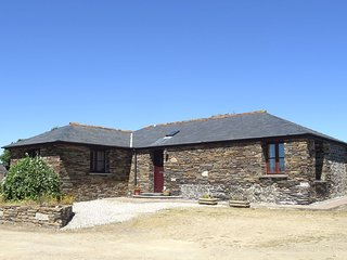 Nice House with Internet Access and DVD Player - Port Gaverne vacation rentals