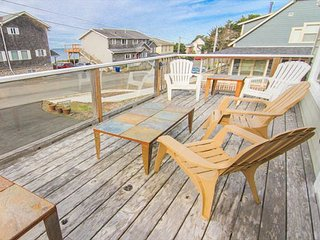Fun for Everyone in this Gracious Oceanview Home - Lincoln City vacation rentals