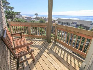 Stunning Views from this One-of-a-Kind Retreat! - Lincoln City vacation rentals