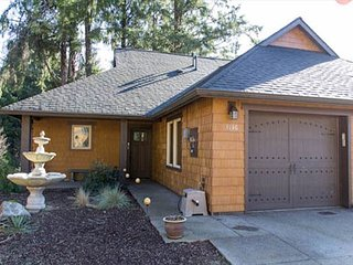 Woodland Luxury and Privacy Near the Beach! - Lincoln City vacation rentals