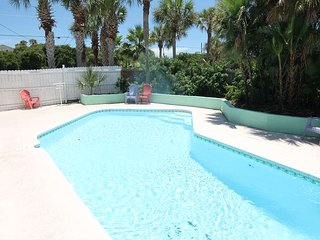 Atlantic Oasis, Pet Friendly, WIFI, Pool, Sleeps 14 - Saint Augustine vacation rentals
