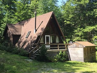 2 BR Chalet - Walk to the Beach! Central AC, Cable, WiFi, Pets Welcome! - Madison vacation rentals