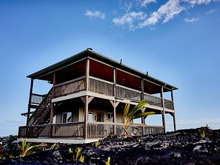 Views of the Flowing Lava in Beautiful Kalapana - Kalapana vacation rentals
