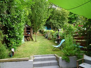 Family house 5 min from Paris! - Noisy-le-Sec vacation rentals