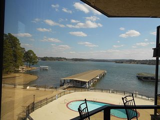Lake Hamilton Waterfront Condo - Hot Springs vacation rentals