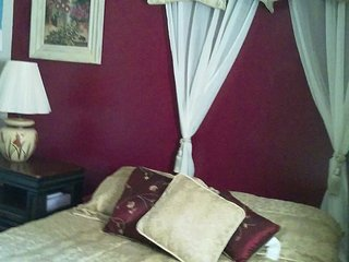 Quiet room in Ogden, old neighborhood ground...... - North Ogden vacation rentals