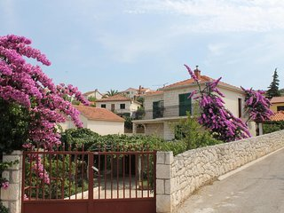 1670  A1(6+2) - Supetar - Supetar vacation rentals