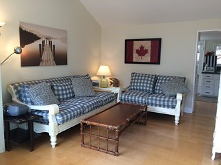 Cute, cozy, clean , original - steps from the lake - Cultas Lake vacation rentals