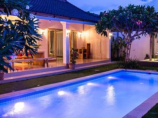 Spacious, Modern, Luxurious Seminyak Villa w Pool - Seminyak vacation rentals