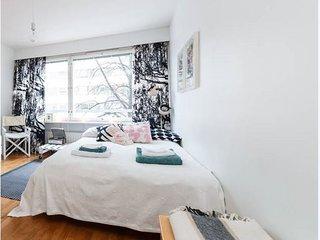 Nice Helsinki studio apartment - Helsinki vacation rentals