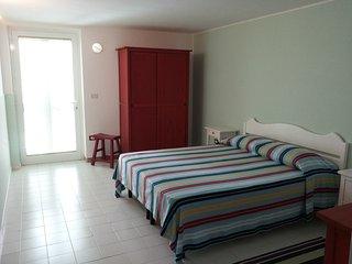 appartamento distante soli 50 mt dal mare - Marina Di Ostuni vacation rentals
