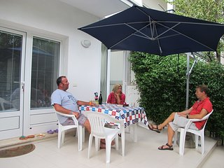House with garden in downtown, near the beach. - Grado vacation rentals