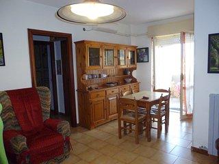 Grazioso appartamento 100 m.da spiaggia - Catanzaro Lido vacation rentals