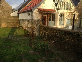 Romantic 1 bedroom Gite in Barneville-Carteret with Internet Access - Barneville-Carteret vacation rentals