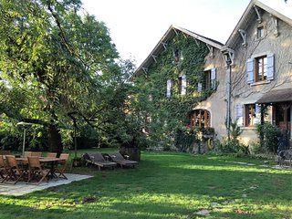 Nice House with Internet Access and Wireless Internet - Mont-Saint-Jean vacation rentals