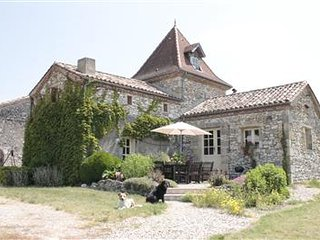 Nice House with DVD Player and Housekeeping Included - Villereal vacation rentals