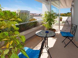 APARTMENT BLUE SKY - Split vacation rentals