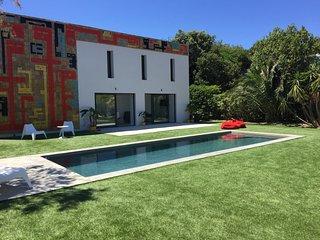 Bord de mer Chambre de standing jardin et piscine - Hyères vacation rentals