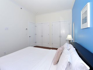 #300/night, 7th Ave. Times Sq.  1B/1Bath - Manhattan vacation rentals