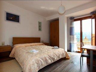 Casa Vacanza Stella dei Nebrodi - Longi vacation rentals