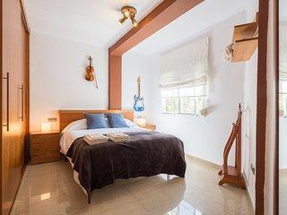 LUMINOUS APARTMENT WITH VIEWS (Juan de Austria) - Malaga vacation rentals