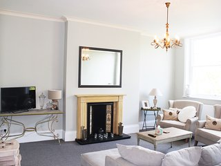 8 Royal Parade - Cheltenham vacation rentals