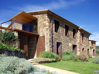 Exclusive luxury retreat, 20 mins Costa Brava - Cruilles vacation rentals