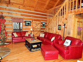 Nice House with Internet Access and A/C - Pigeon Forge vacation rentals