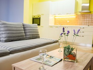 1 bedroom Apartment with Internet Access in Rogoznica - Rogoznica vacation rentals