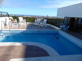 Salvador Luxury Penthouse 4bed views to sea & park - Salvador vacation rentals